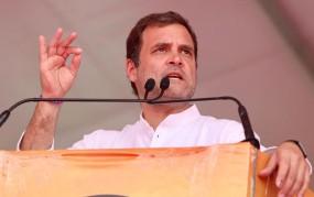 मनमोहन का मजाक उड़ाने वाले मोदी का देश उड़ा रहा मजाक: राहुल