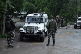 पुलवामा और अनंतनाग में आतंकियों और सुरक्षाबलों के बीच मुठभेड़, तीन आतंकी ढेर