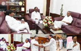 चुनाव के बीच थर्ड फ्रंट की कवायद में जुटे KCR, सीएम विजयन से की मुलाकात
