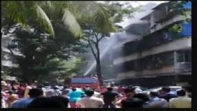 मुंबई के दादर में हादसा : सिलेंडर फटने से लगी आग में नाबालिग की मौत
