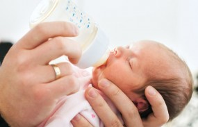 मां के दूध से वंचित शिशुओं के लिए नागपुर में बनेगा पहला 'ह्यूमन मिल्क बैंक'