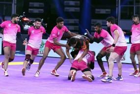 IIPKL 2019 : बेंगलोर राइनोज ने तेलुगू बुल्स को 51-20 से हराया
