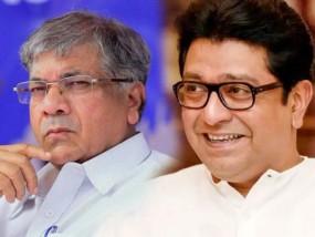 प्रकाश आंबेडकर ने खराब किया कईयों का खेल, राज ठाकरे की वीडियो रैलियां भी फ्लॉप
