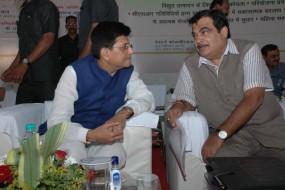 मोदी सरकार पार्ट 2 : महाराष्ट्र के लिए कुछ नया नहीं, गडकरी को रोड और गोयल रेल पर कायम