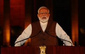 राष्ट्रपति से मिलकर नरेंद्र मोदी ने पेश किया सरकार बनाने का दावा, 30 को ले सकते हैं शपथ