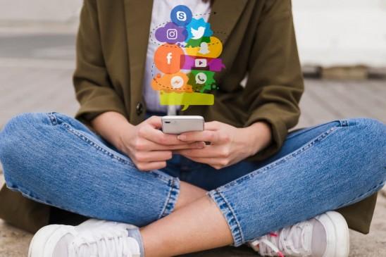 नेशनल टेक्नोलॉजी डे 2019, रिलेशनशिप में सोशल मीडिया का इस्तेमाल करें समझदारी के साथ
