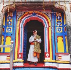 केदारनाथ मंदिर में पीएम ने की पूजा, पुनर्निर्माण कार्यों की समीक्षा भी की