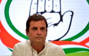 राहुल गांधी देंगे इस्तीफा ! प्रियंका, सचिन, गहलोत ने की मुलाकात