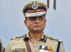 सारदा चिटफंड घोटाला : पूर्व कमिश्नर राजीव कुमार के खिलाफ लुकआउट नोटिस जारी