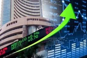 शुक्रवार को शेयर बाजार में तेजी, सेंसेक्स 138.45 और निफ्टी 31.30 अंक चढ़ा