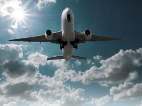 देरी से पहुंच रहे विमान, हैदराबाद, कोच्ची, दिल्ली, मुंबई की फ्लाइट्स लेट
