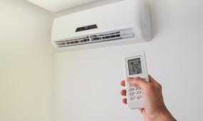 लगातार AC में बैठने से हो सकते हैं ये नुकसान