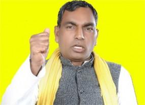 बागियों पर CM योगी का एक्शन- मंत्रिमंडल से बर्खास्त राजभर, बेटे पर भी गाज