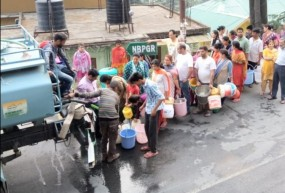 सीएम ने कहा- 2018 की जनसंख्या के आधार पर गांवों में शुरू किए जाएं पानी के टैंकर