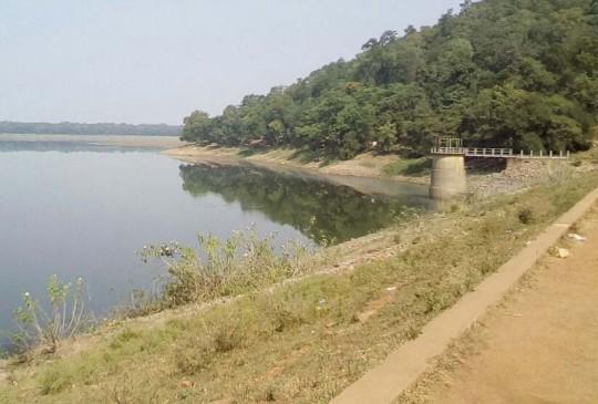 सूख रहे भंडारा जिले के जलाशय, शेष है मात्र 9 फीसदी पानी, बारिश का इंतजार