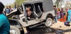 मंदिर से दर्शन कर लौट रहे कमांडर जीप को ट्रक ने मारी टक्कर ,3 की मौत, 20 घायल