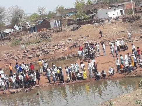 दमोह : खदान में डूबने से चार बच्चों की मौत, शव नहीं हुए बरामद