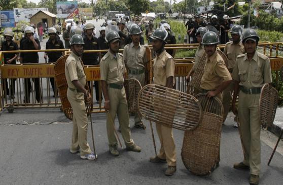 पश्चिम बंगाल में फिर भड़की हिंसा, 2 की मौत, इलाके में धारा 144 लागू