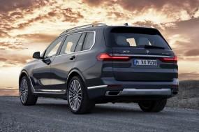 BMW की सबसे बड़ी एसयूवी X7 भारत में 25 जुलाई को होगी लॉन्च, जानें खासियत