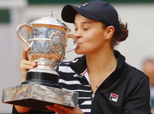 French open 2019: बार्टी ने फाइनल में वोनड्रोउसोवा को हराया, करियर का पहला ग्रैंड स्लैम खिताब जीता