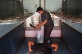 शालीमार एक्सप्रेस से मिली जिलेटीन की छड़ें, बीजेपी सरकार के नाम धमकी भरा खत भी बरामद