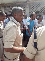 एसडीएम कोर्ट में चली गोलियां, सुपारी किलर ने हत्या के आरोपियों को बनाया निशाना
