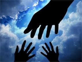 मानवता की मिसाल : घायल नेपाली शख्स को स्वस्थ कर घर पहुंचाया