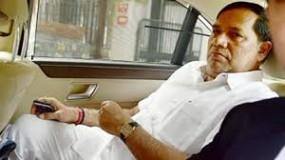 भाजपा सांसद केसम्मान समारोह में पहुंचे कृपाशंकर,फिर लगी सियासी अटकलें