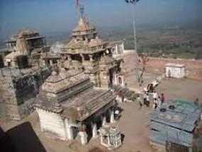 कभी भी टूट सकता है रामटेक गढ़ मंदिर की चट्टान का हिस्सा