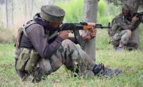 शोपियां में सुरक्षाबलों संग मुठभेड़ में 2 आतंकवादी ढेर