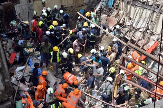 मुंबई में हुए 2704 हादसे: पांच वर्षों में इमारत गिरने से गई 234 लोगों की जान