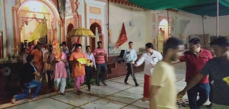 श्रीरामराजा सरकार ओरछा में लौटी राजशाही रंगत, ठाठ के साथ जली दिव्य ज्योति