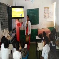 चेन्नई की सॉफ्टवेयर कंपनी ने बदल दी 8 सरकारी स्कूलों की तस्वीर, अब होती है हाइटैक पढ़ाई