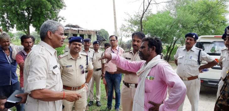 दलित महिला ने की आत्महत्या , मजबूर करने वाले 3 आरोपियों के खिलाफ अपराध दर्ज