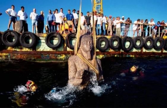 समुद्र में मिला 1200 साल पुराना प्राचीन मंदिर, नाव में भरा था खजाना