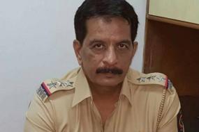 बाहुबली ठाकुर परिवार को चुनौती देंगेएनकाउंटर स्पेशलिस्ट प्रदीप शर्मा -पुलिस से इस्तीफा