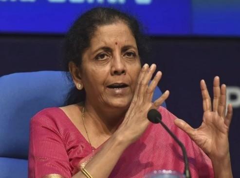 निर्मला सीतारमण का स्पष्टीकरण, वित्त मंत्रालय में मीडिया की एंट्री पर कोई पाबंदी नहीं