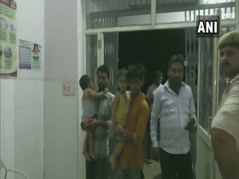हापुड़: मंदिर में बांटे गए दूध के सेवन से 12 से अधिक बच्चे बीमार पड़े