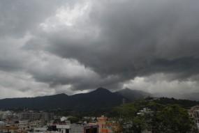 यूपी, असम और मेघालय में भारी वर्षा की चेतावनी