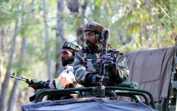 शोपियां में मुठभेड़ में 2 आतंकी ढेर, कुपवाड़ा में जवान शहीद (लीड-1)