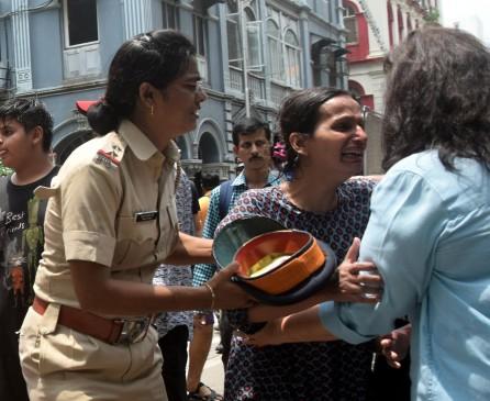 मुंबई हादसे : इमारत में आग लगने से एक की मौत, टेंपो पलटा एक ने तोड़ा दम 16 हुए जख्मी