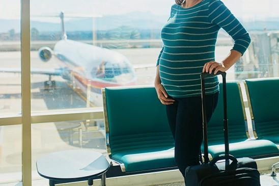 ट्रैवलिंग करते समय गर्भवती महिलाएं रखें इन बातों का खास ध्यान