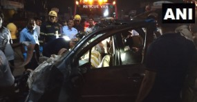 पुणे में भीषण सड़क हादसा, ट्रक और कार की टक्कर में 9 लोगों की मौत