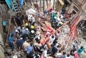 मुंबई: बिल्डिंग गिरने से अब तक 14 की मौत, CM ने किया मुआवजे का ऐलान, पुनर्विकास के लिए बनेगा कानून