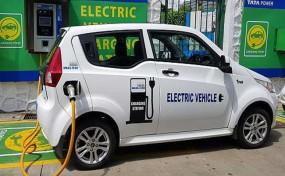बजट 2019: अब इलेक्ट्रिक वाहनों पर मिलेगी 1.5 लाख रुपए की अतिरिक्त टैक्स छूट