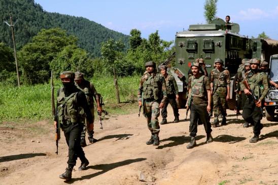 शोपियां मुठभेड़ में मारा गया पाकिस्तानी जैश आतंकवादी : पुलिस (लीड-3)