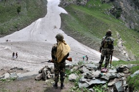 जम्मू-कश्मीर में भारी बारिश के चलते अमरनाथ यात्रा पर रोक