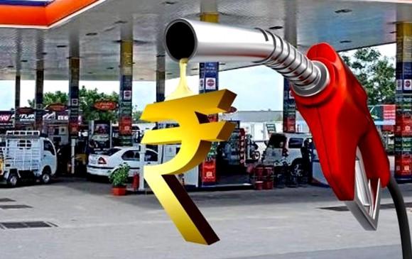 Petrol- Diesel: पेट्रोल की कीमत में 8 पैसे की बढ़ोतरी, डीजल का भाव स्थिर