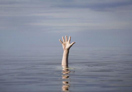 तालाब में डूबने से दो बच्चों की मौत -टैंक में डूबने से एक किशोरी की जान गई