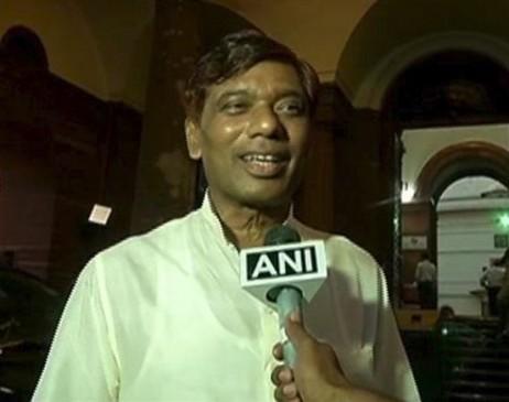 केंद्रीय मंत्री रामविलास पासवान के भाई और LJP सांसद रामचंद्र का निधन